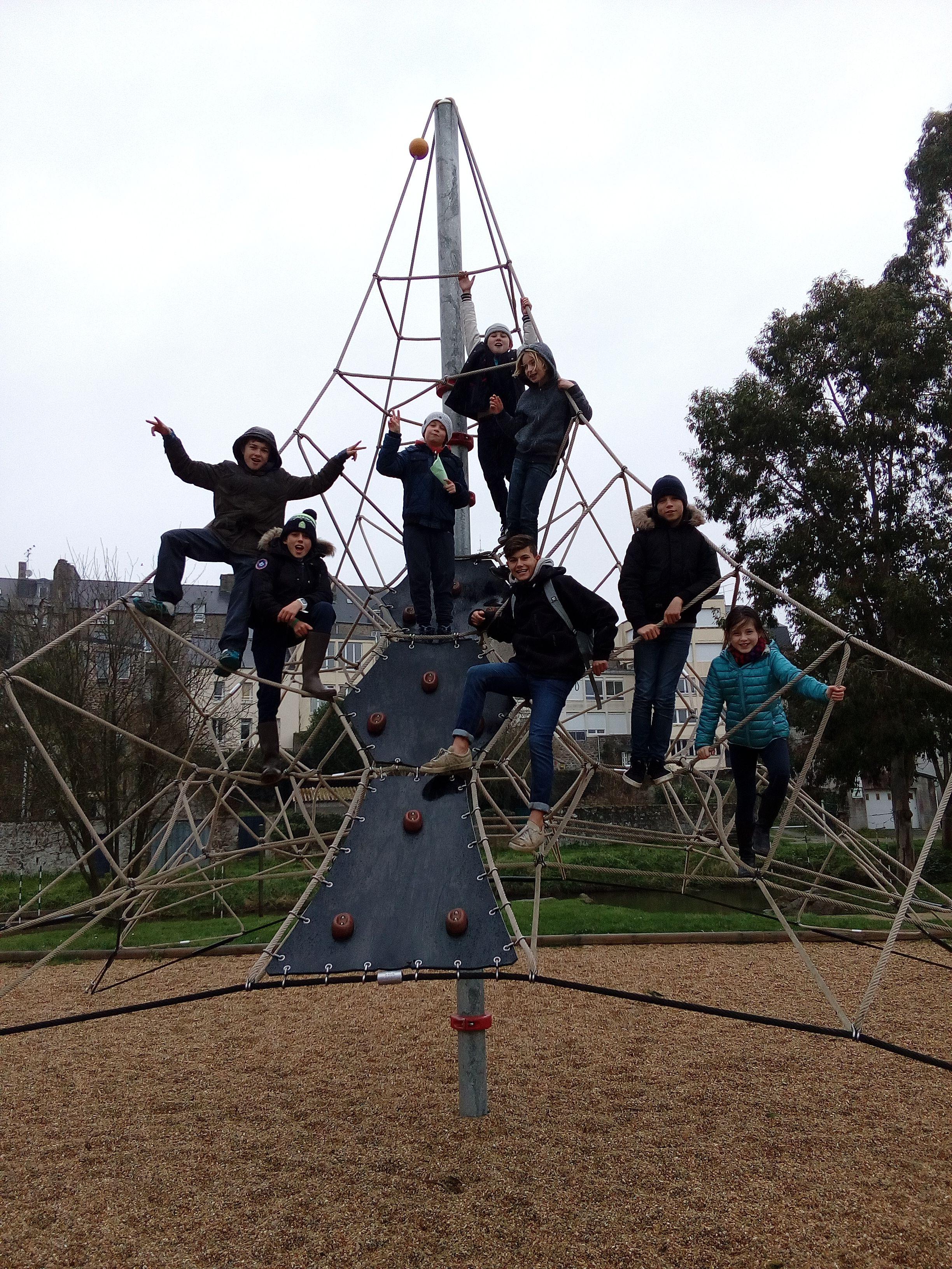 enfants dans parc
